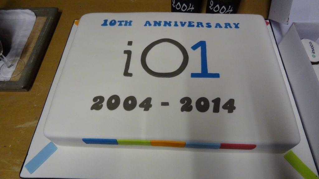 io1 celebration cake